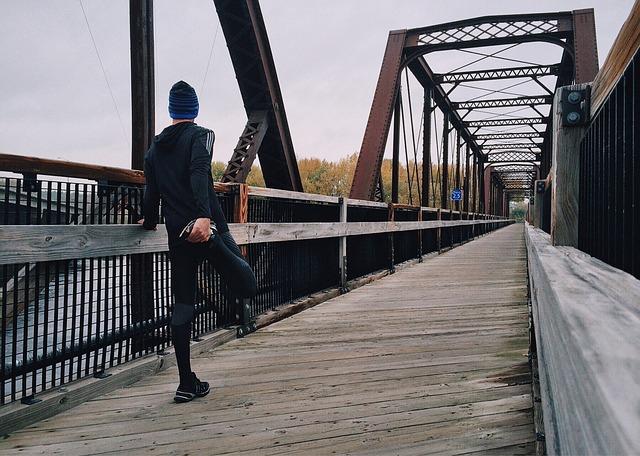 běžec na mostě.jpg