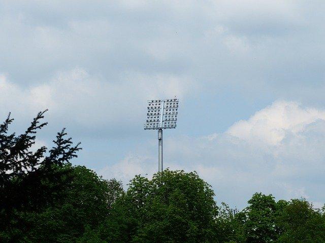 osvětlení stadionu